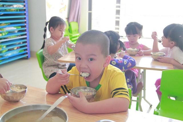 Dinh dưỡng tại Việt Úc 03